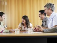 Abschlusstechnik: Verkäufer werden nicht für nette Gespräche bezahlt!